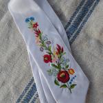 Hímzett nyakkendő 10