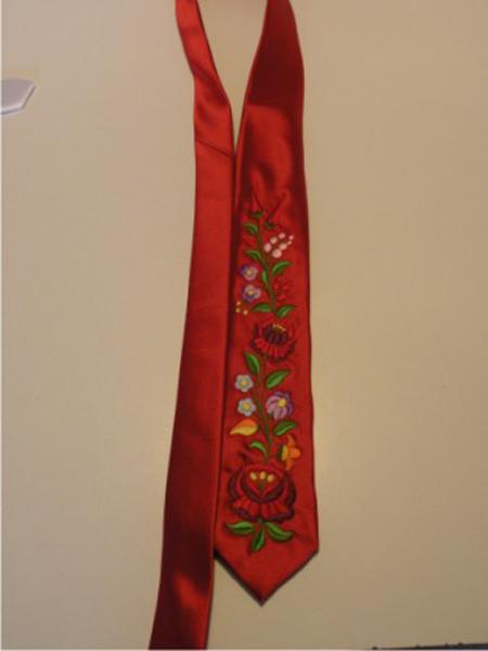 Hímzett nyakkendő 27;