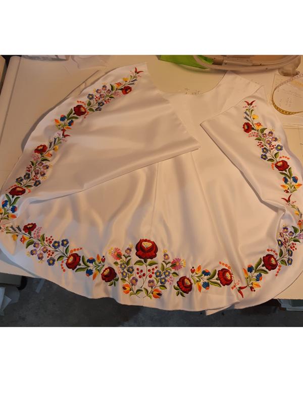 menyasszonyi ruhaminta 08
